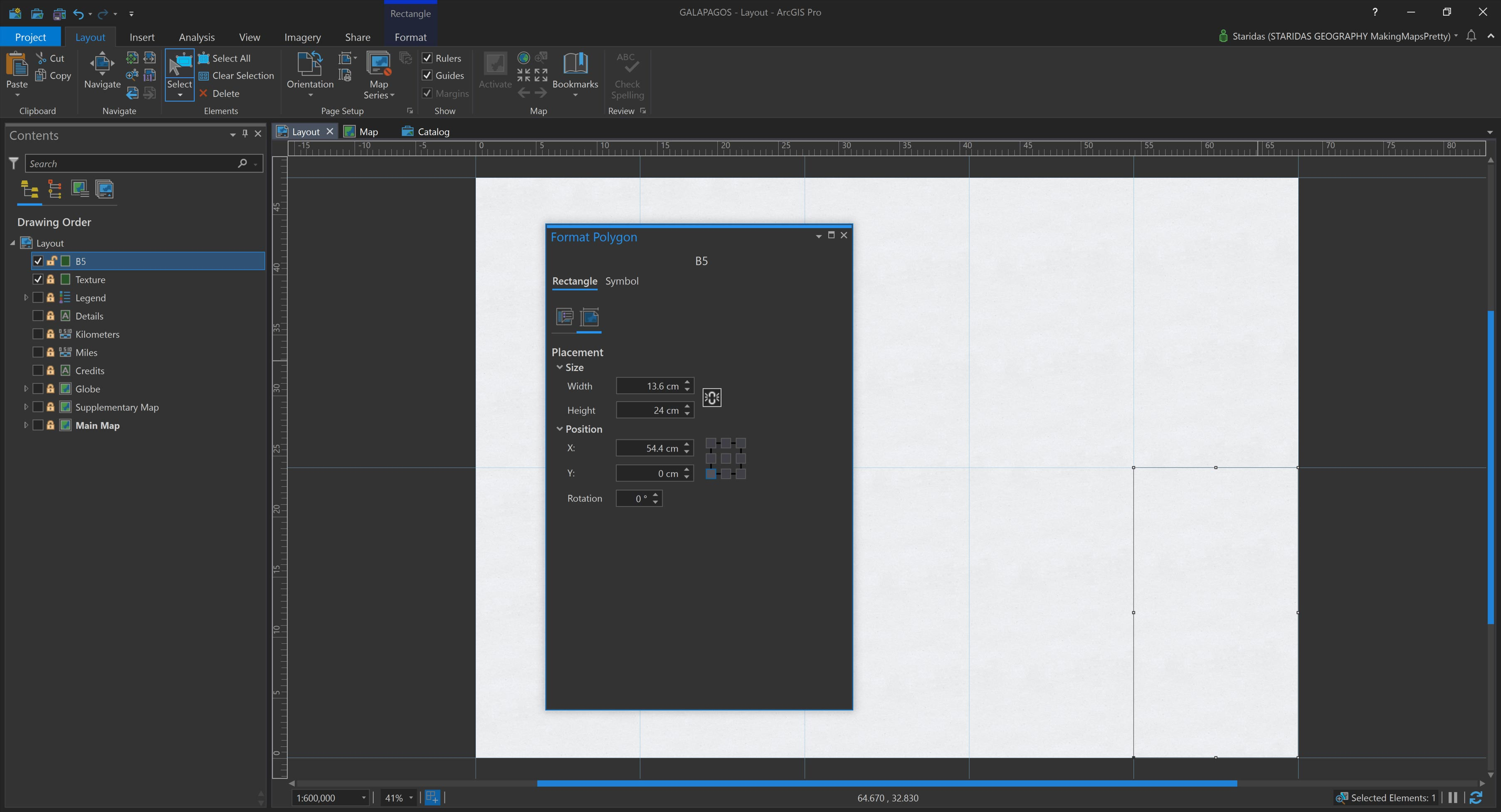 Picture 3: Creating graphic rectangles in the Layout view to simulate the folds.